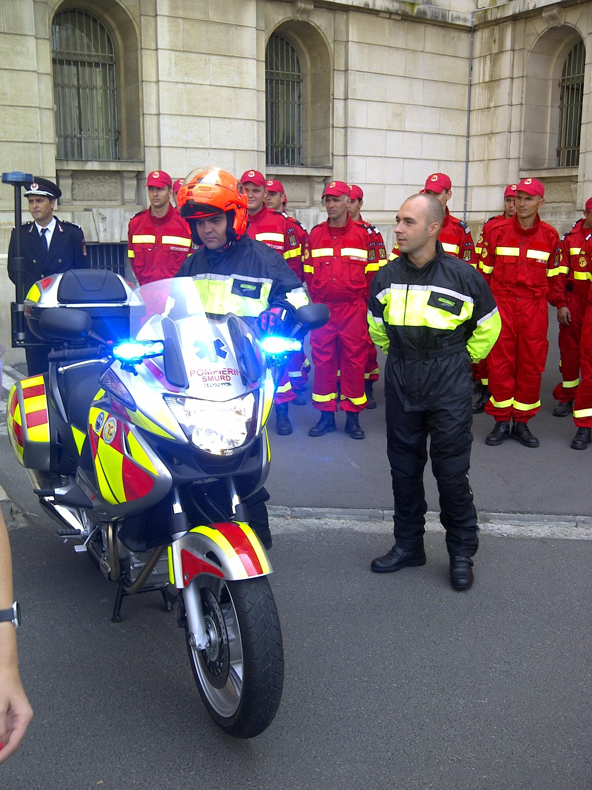 Imagini motociclete SMURD Bucuresti